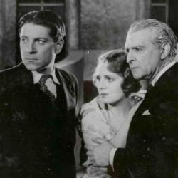 René Navarre et Jean Gabin dans Méphisto (1930)